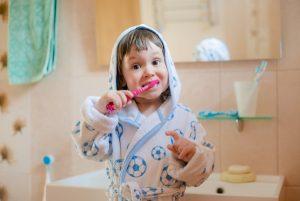 Trucos para que tus hijos se cepillen los dientes